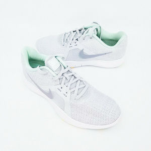 Nike Womens Flex TR8 Grey Teal Size 8 Lace Up